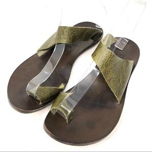 CYDWOQ Hillary Olive Green Leather Toe Ring Sandal